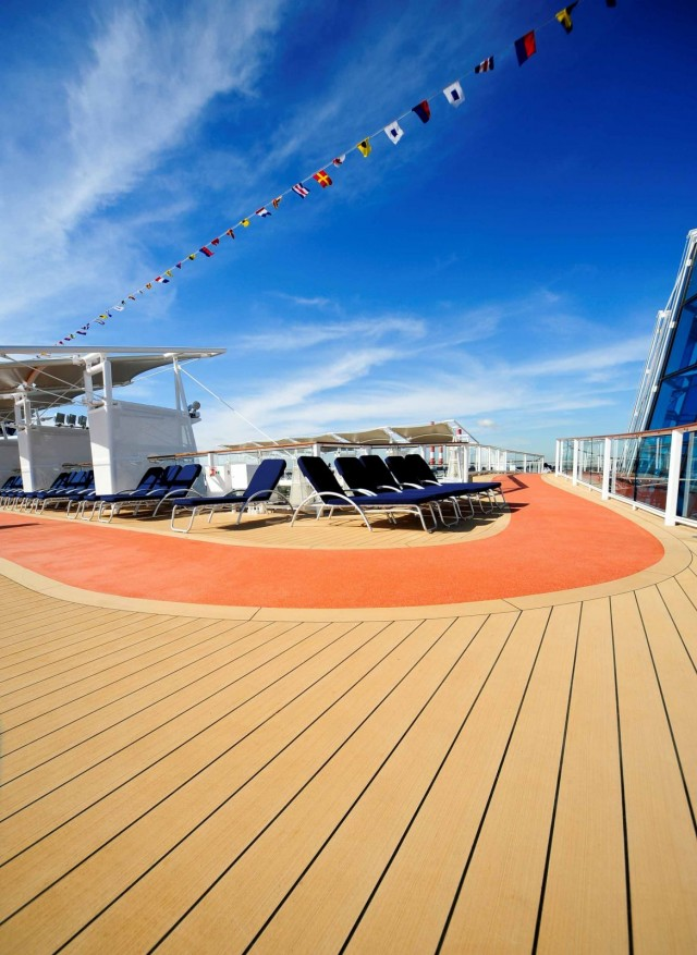 Dutch decks for German-built passenger ships