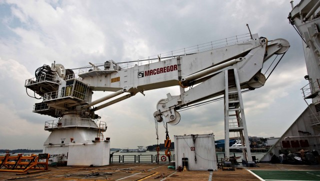 Proven performance wins new MacGregor subsea crane order
