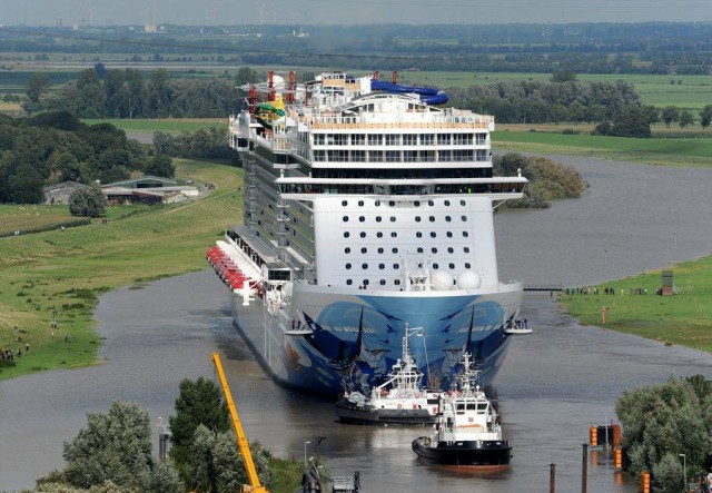 Transfer voyage of the Norwegian Escape