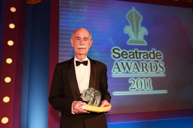 Το βραβείο Lifetime Achievement στον κ. Παύλο Ιωαννίδη