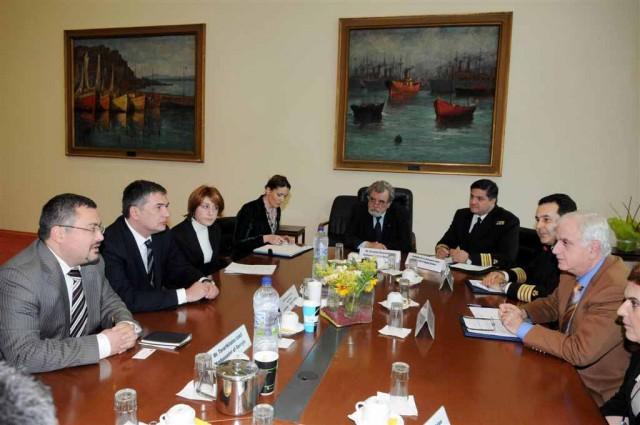 Συνάντηση για θέματα ναυτιλίας