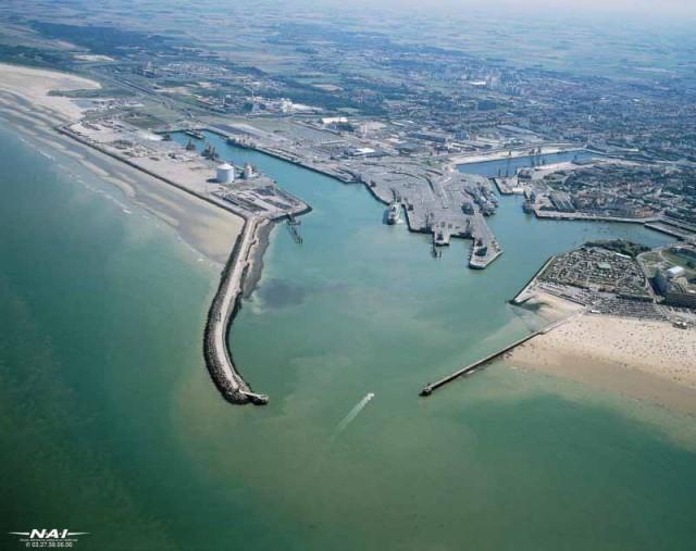 Το λιμάνι του Calais αναπτύσσεται