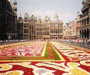 Η Επιτροπή προτείνει καλύτερη διαχείριση της μετανάστευσης στην ΕΕ