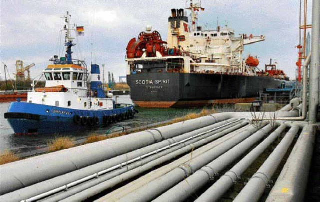 Λαθρεμπόριο καυσίμων ναυτιλίας στο λιμάνι του Πειραιά