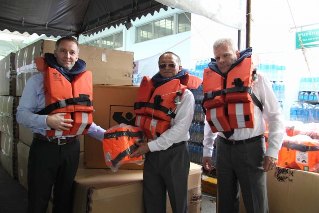 Viking aids flood victims in Thailand