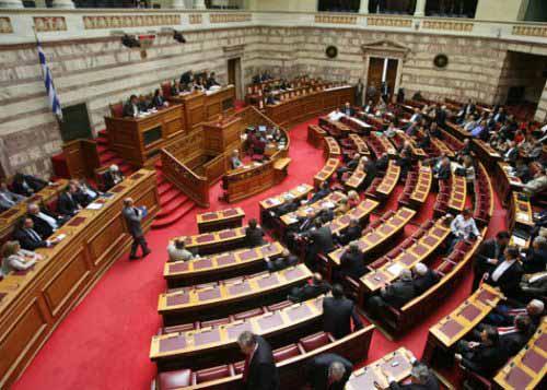 Υπερψηφίστηκε η νέα δανειακή σύμβαση