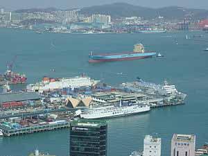 Κέντρο διανομής κατασκευάζει το λιμάνι του Busan