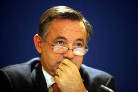Επίτροπος ανασυγκρότησης για την Ελλάδα;