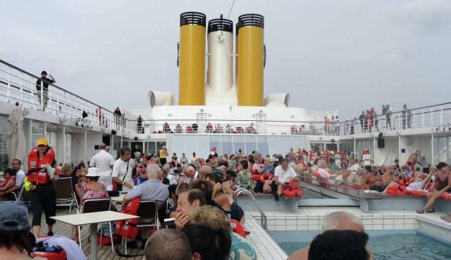 Αίσιο τέλος για τους επιβάτες του «Costa Allegra»