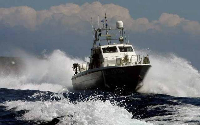 Εκδήλωση πυρκαγιάς σε οχηματαγωγό (Ro-Ro) πλοίο στον Πειραιά