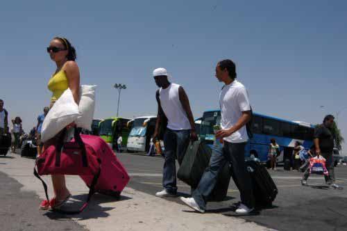 Σε πτώση οι αφίξεις των τουριστών