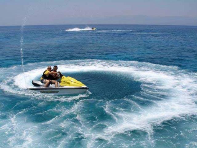 Απαγόρευση κυκλοφορίας θαλασσίων μοτοποδηλάτων
