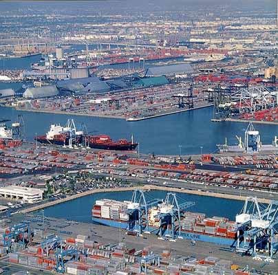 Υπογραφή συμφωνίας από την OOCL και το λιμάνι του Long Beach