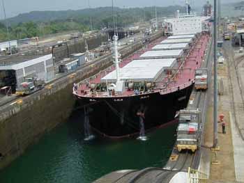 Σε θετική πορεία τα Panamax