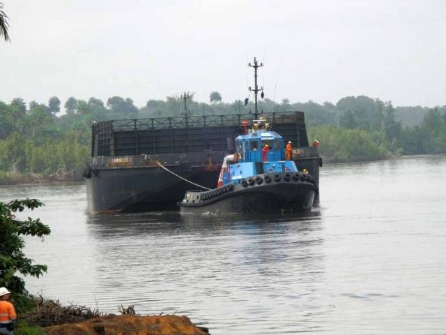 Smit Lamnalco brings Sierra Leone ore to market
