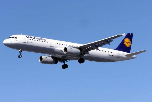 Lufthansa Group: Περισσότεροι επιβάτες το πρώτο εξάμηνο του 2012