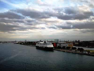 Τα κρουαζιερόπλοια συμβάλλουν τα μέγιστα στην εθνική οικονομία
