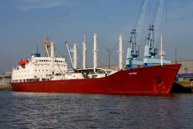 Ice- Classed reefer vessel M/V Skyfrost