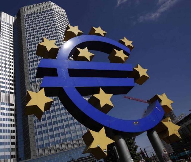 Η μιζέρια στην Ευρωζώνη θα κρατήσει μία δεκαετία