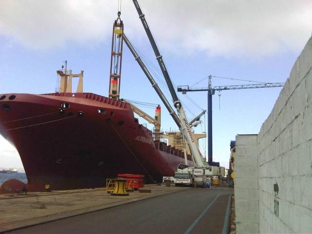Σε ιστορικό υψηλό οι παραδόσεις των πλοίων ξηρού φορτίου