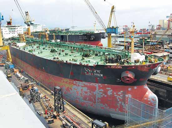 Έκτακτη εισφορά σε ναυτιλιακές εταιρείες