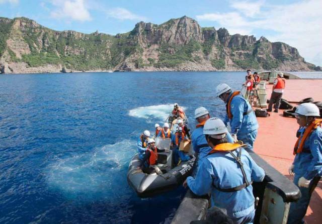 Νέες εντάσεις με τα νησιά Σενκάκου