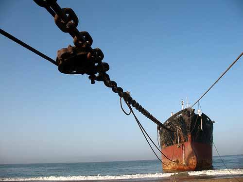 Διαλύσεις πλοίων: H λογική του αγοράζω βάση σπέκουλας συνεχίζεται