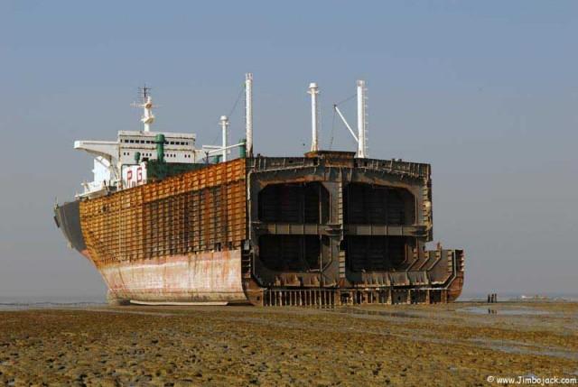 Tο ενδιαφέρον στις διαλύσεις πλοίων θα συνεχιστεί και την επόμενη εβδομάδα