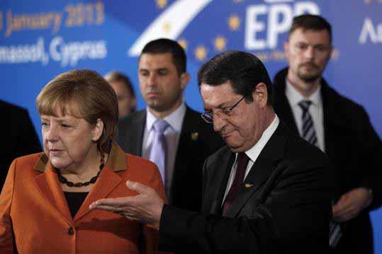 Θέλει Merkel να κρυφτεί και η χαρά δεν την αφήνει …