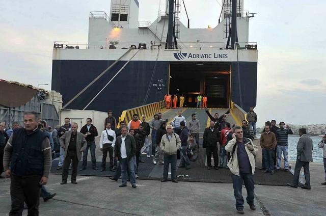 Απογοήτευση για την αδιαφορία που επιδεικνύουν τα ναυτεργατικά σωματεία ως προς το μέλλον της επιβατηγού ναυτιλίας