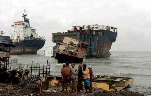 Διαλύσεις πλοίων: Το Πακιστάν θα επιδοθεί σε αρκετές αλλά επιλεκτικές αγορές