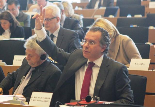 Ο  ευρωβουλευτής Γ. Κουμουτσάκος ψηφίστηκε Ευρωβουλευτής της χρονιάς στον τομέα των Μεταφορών