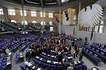 Η σκληρή στάση της Γερμανίας έχει επιφέρει τα αντίθετα αποτελέσματα όχι μόνο στο Νότο αλλά και στον σκληρό πυρήνα του Βορρά
