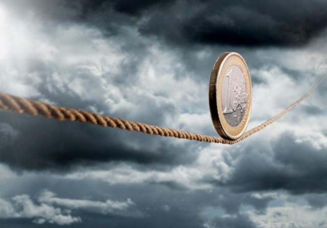 Η Ευρωζώνη εξέρχεται της ύφεσης και εισέρχεται στη στασιμότητα