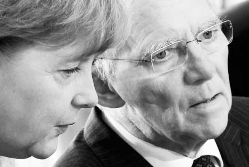 Πως ο W. Schaeuble προστάτεψε την Καγκελάριο Αn. Merkel