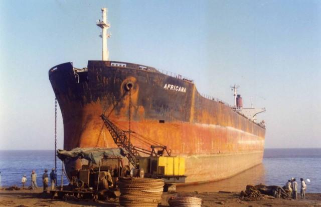Διαλύσεις πλοίων: Η Ινδία ανάλαβε πάλι ηγετική θέση