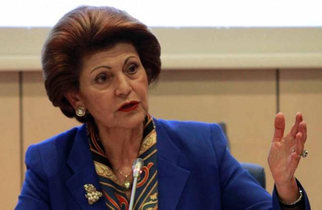Στην Αθήνα η Επίτροπος Ανδρούλλα Βασιλείου