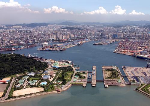 Η Λιμενική Αρχή του Incheon (Ν. Κορέα) και η Λιμενική Αρχή Σιγκαπούρης υπογράφουν μνημόνιο συνεργασίας.