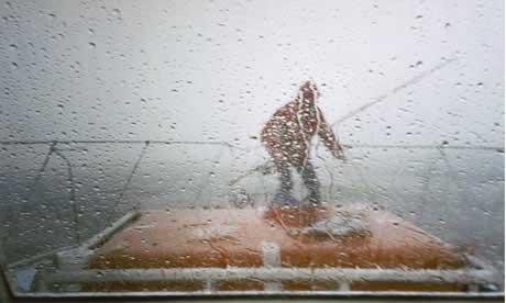 Ελληνόκτητο πλοίο περισυνέλεξε ναυαγούς