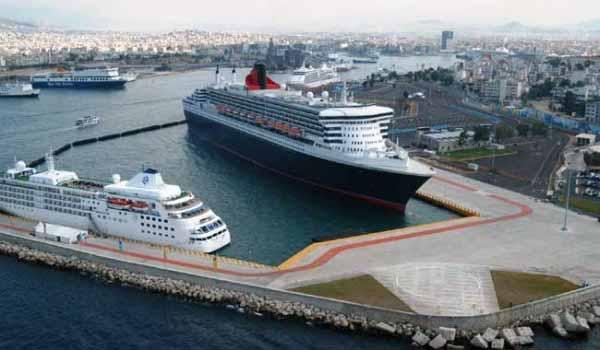 Στάση εργασίας σε όλα τα λιμάνια