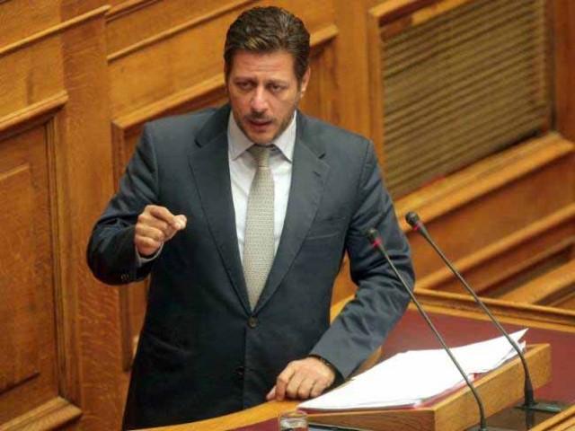 Σύγκρουση στη Βουλή για την ανεργία των Ελλήνων ναυτικών