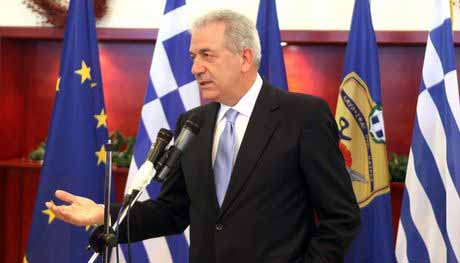Δημήτρης Αβραμόπουλος ο νέος Επίτροπος στην Κομισιόν