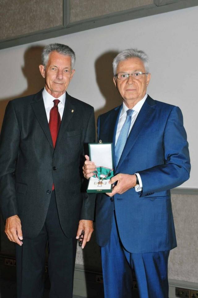 Η Ουγγαρία τιμά τον Κωστάκη Λοΐζου