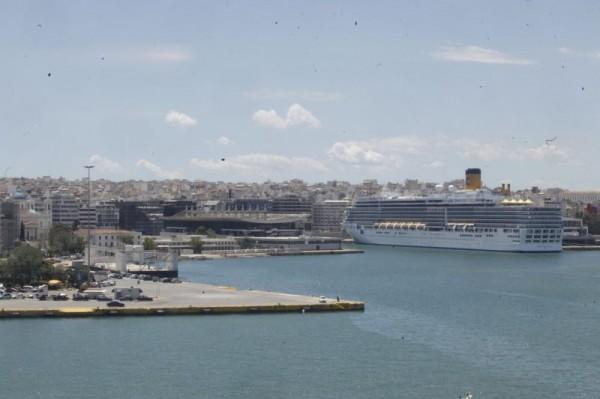 Όχι στη μονοπωλιακή εκμετάλλευση των στερεών αποβλήτων πλοίων από το λιμάνι του Πειραιά