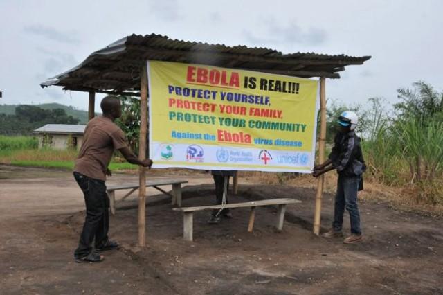 Ναυτικοί αρνούνται ιατρική βοήθεια για τον ιό του Έμπολα