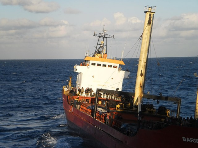Στην Ιεράπετρα έφτασε το πλοίο με τους 700 μετανάστες