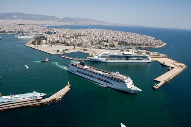 Μείωση των τελών για τα διερχόμενα πλοία (in transit) στη ράδα του Πειραιά