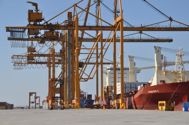 O ΟΛΘ έπιασε το στόχο διακίνησης container για το 2014 και παρέχει εκπτώσεις