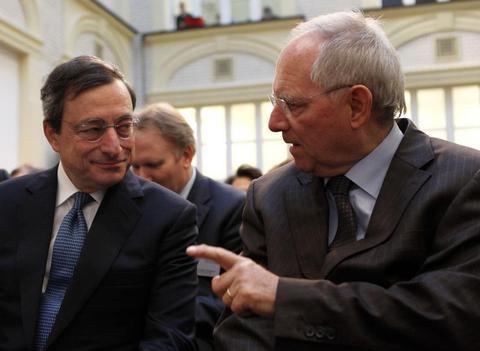 Tα «πατήματα» που έχει δώσει η Ελλάδα την τοποθέτησαν στη θέση του αποδιοπομπαίου τράγου