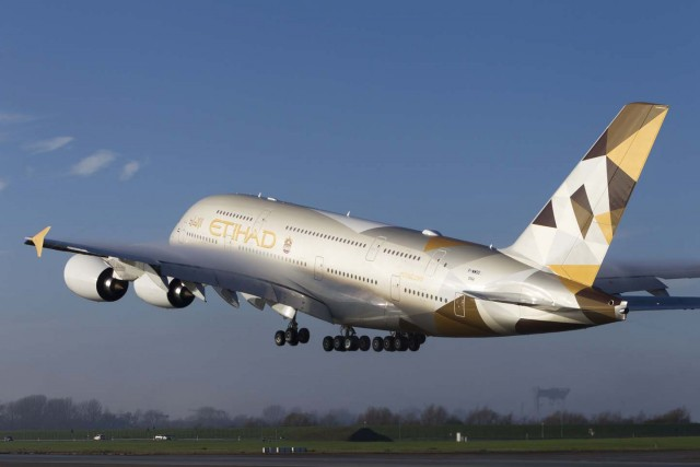 H Etihad Airways παραλαμβάνει το πρώτο της Airbus A380